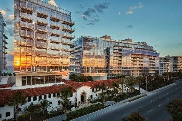 Four Seasons Surfside Condos à vendre à Miami